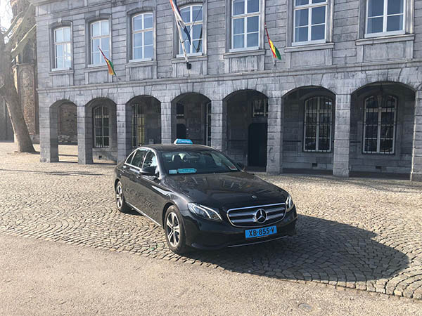 airport taxi vliegveld maastricht